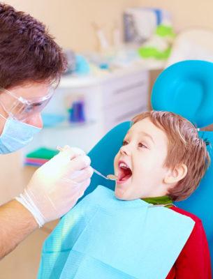 cykl tematów o zawodach – wizyta u dentysty